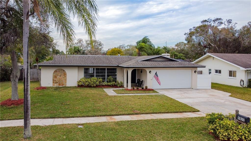 1937 ARVIS CIRCLE E Property Photo - CLEARWATER, FL real estate listing