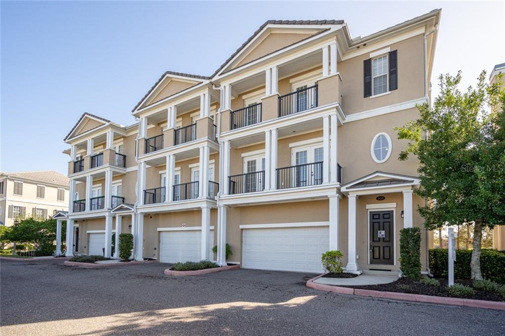 290 NEWBURY PLACE N Property Photo - ST PETERSBURG, FL real estate listing
