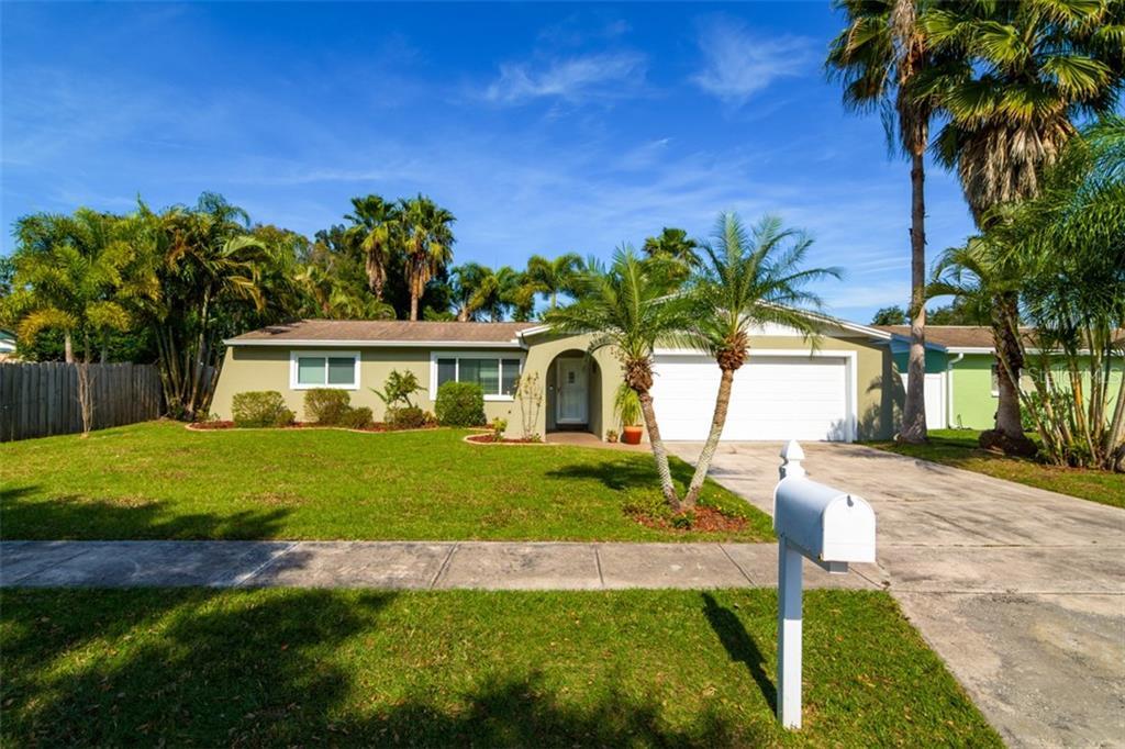 11221 111TH AVENUE Property Photo - SEMINOLE, FL real estate listing