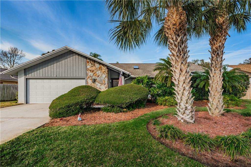 7332 ROSETREE PLACE E Property Photo - SEMINOLE, FL real estate listing