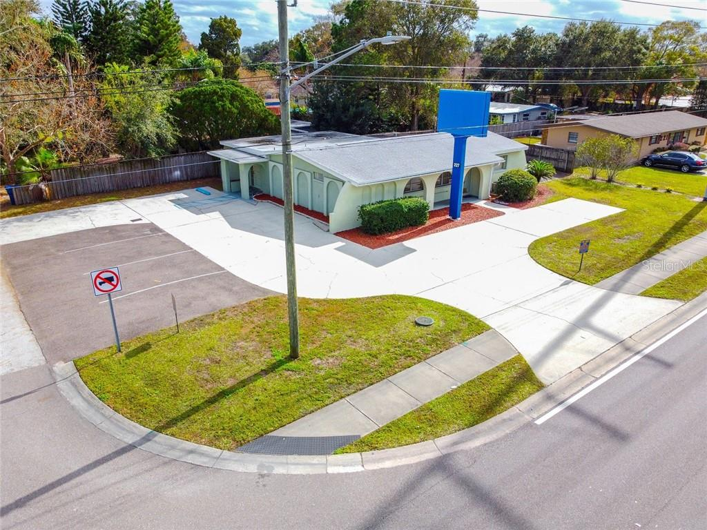 227 N Belcher Road Property Photo