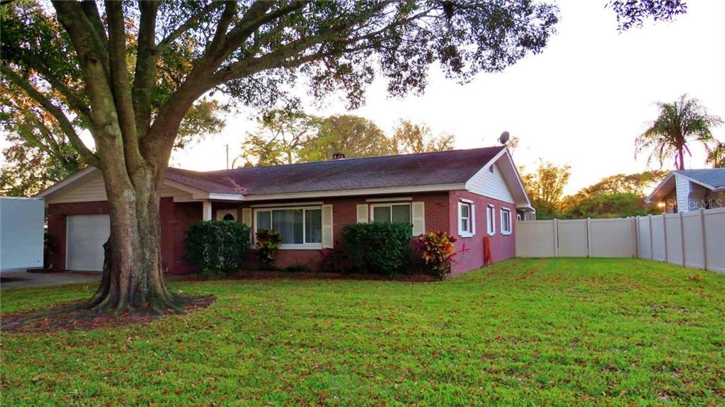 418 IMPERIAL DRIVE Property Photo - LARGO, FL real estate listing