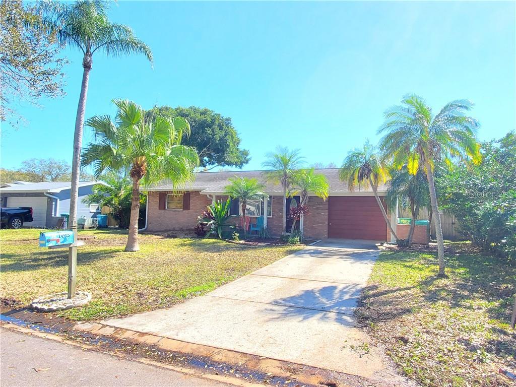 11120 105TH AVENUE Property Photo - SEMINOLE, FL real estate listing