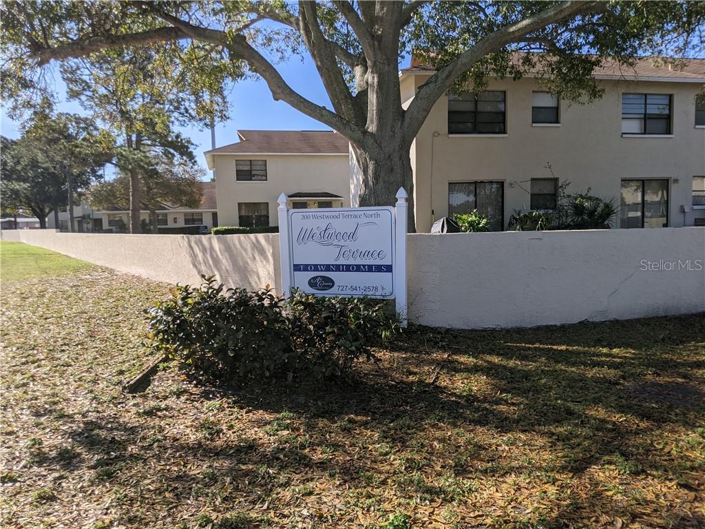 200 WESTWOOD TERRACE N #118 Property Photo - ST PETERSBURG, FL real estate listing
