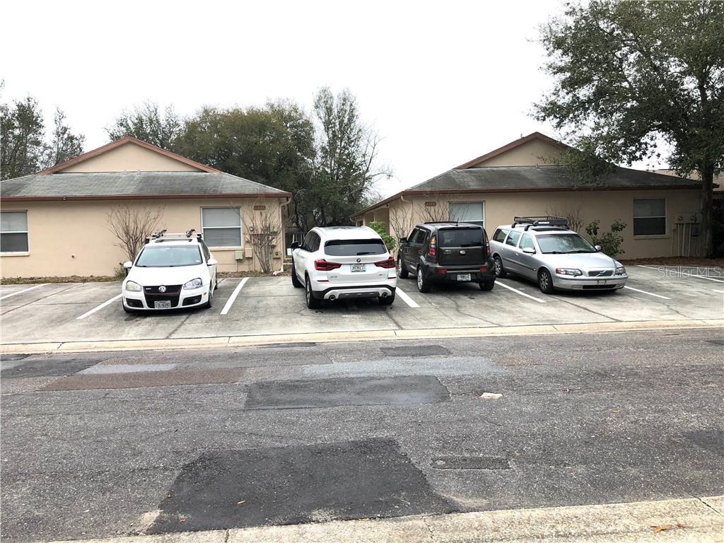 1125 E Rohe Street Property Photo