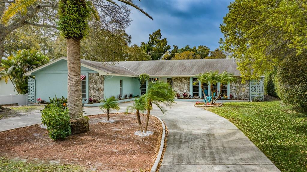 1138 ROSEMARY DRIVE Property Photo - LARGO, FL real estate listing