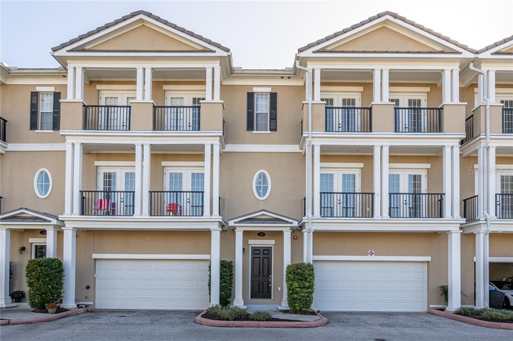 310 NEWBURY PLACE N Property Photo - ST PETERSBURG, FL real estate listing