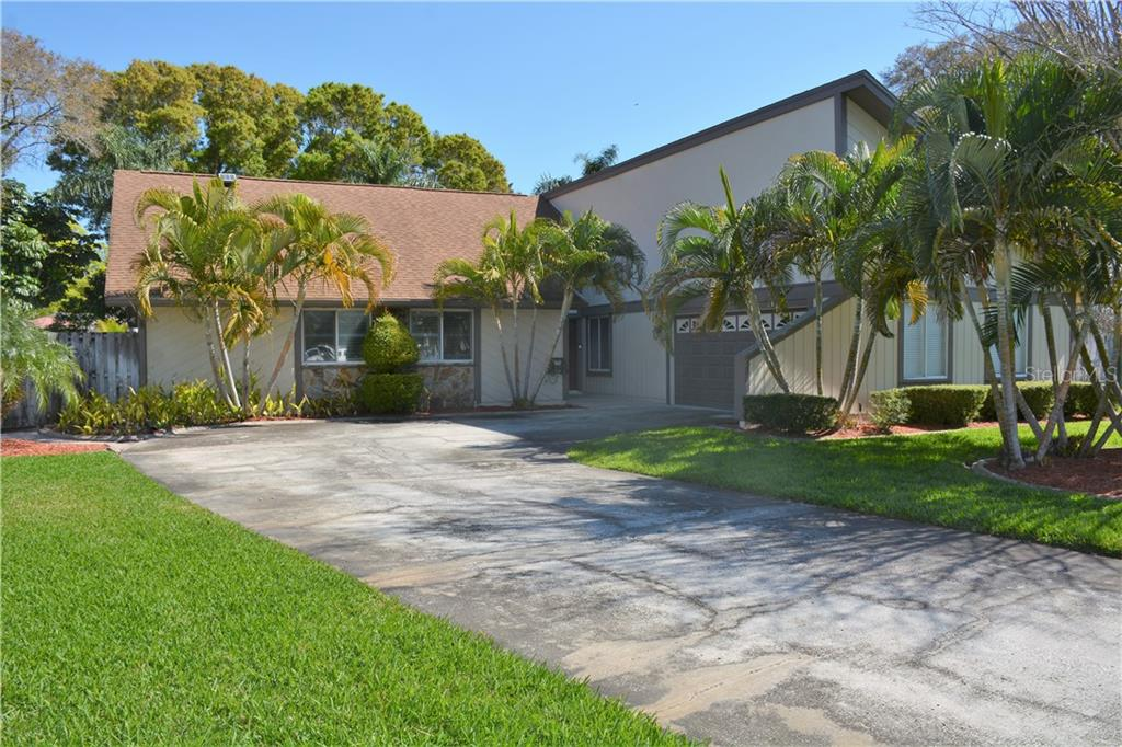 1442 ROSETREE COURT Property Photo - CLEARWATER, FL real estate listing