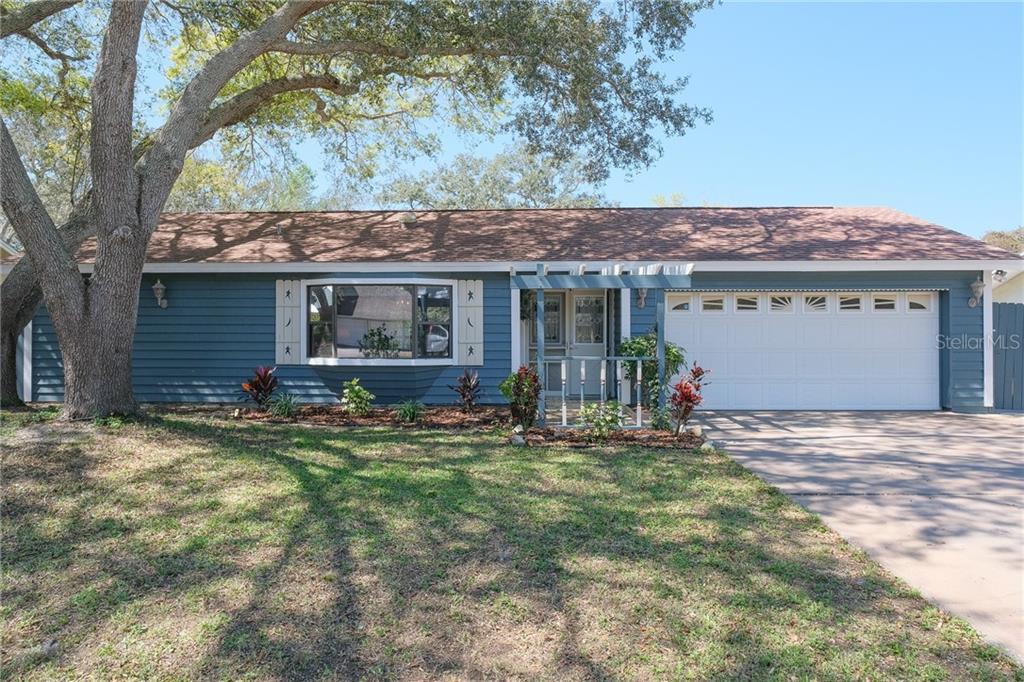 10338 NICARON COURT Property Photo - LARGO, FL real estate listing