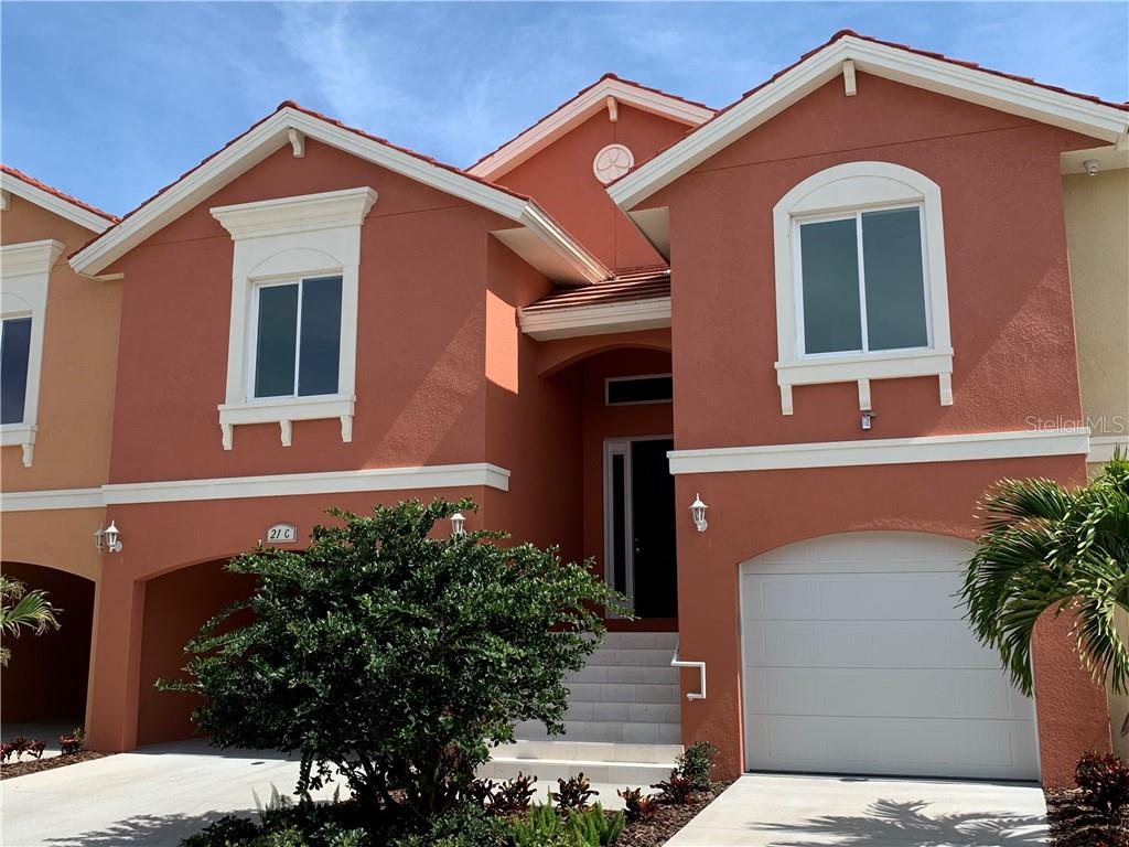 21 FRANKLIN COURT S #C Property Photo - ST PETERSBURG, FL real estate listing