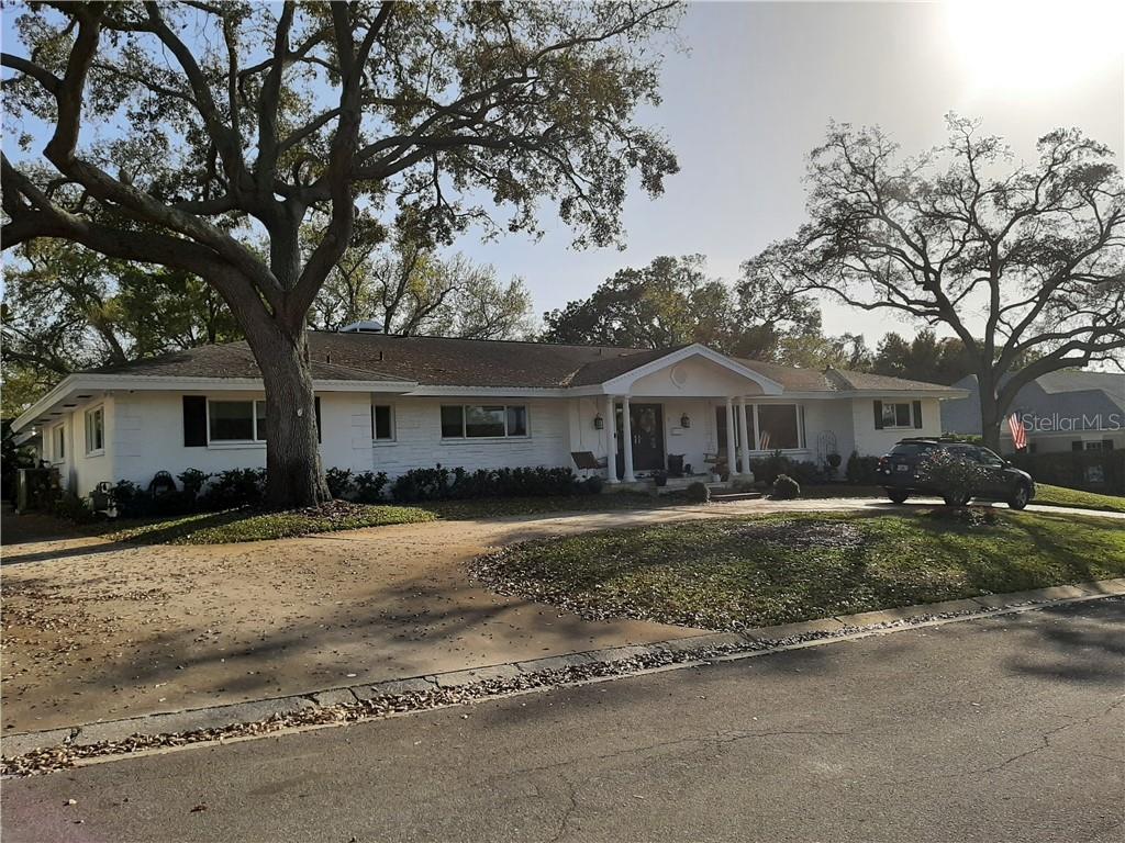 9 AMBLESIDE DRIVE Property Photo - BELLEAIR, FL real estate listing