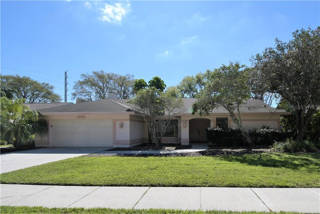 1527 MIDNIGHT PASS WAY Property Photo - CLEARWATER, FL real estate listing