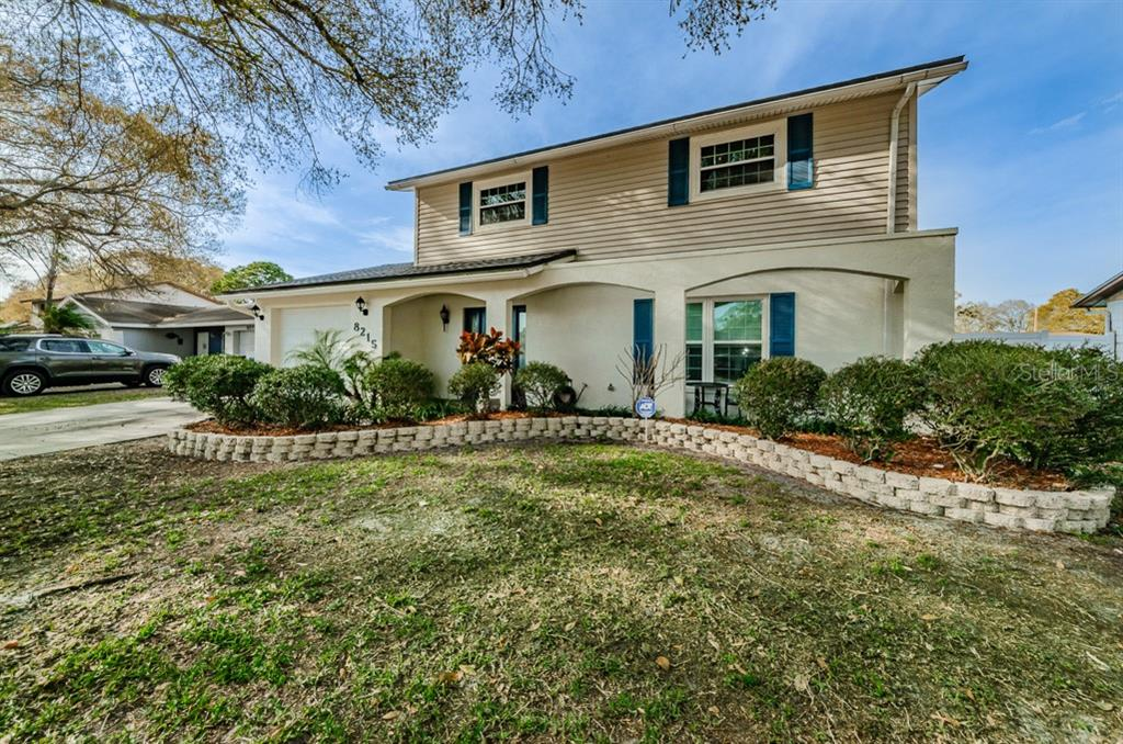 8215 MALVERN CIRCLE Property Photo - TAMPA, FL real estate listing