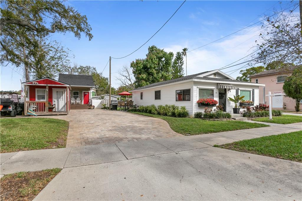 1103-07 Douglas Avenue Property Photo