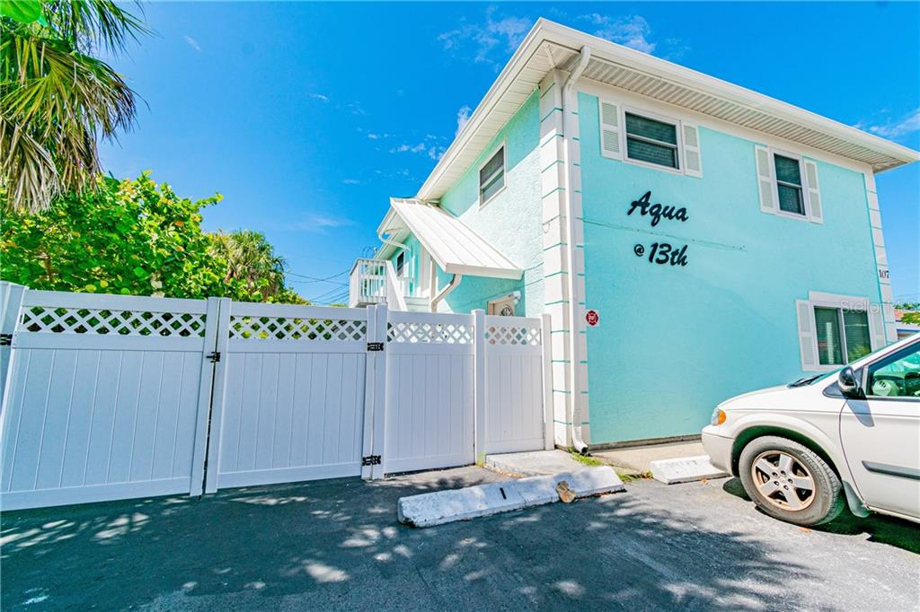 107 13TH AVENUE Property Photo - INDIAN ROCKS BEACH, FL real estate listing