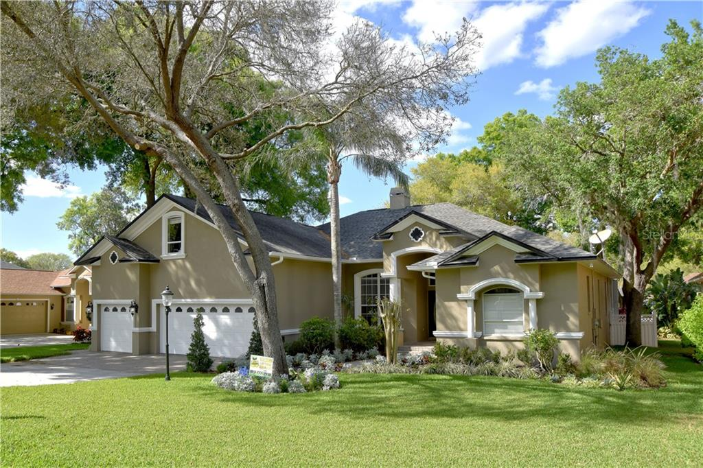 2322 VALRICO FOREST DRIVE Property Photo - VALRICO, FL real estate listing