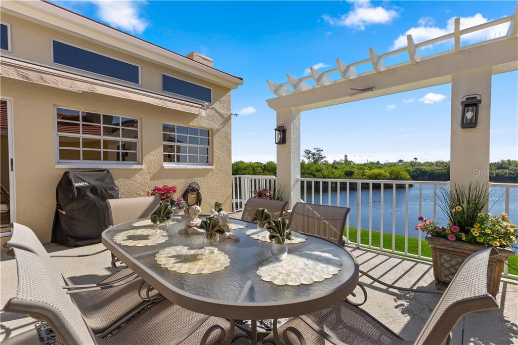 31 FRANKLIN COURT S Property Photo - ST PETERSBURG, FL real estate listing