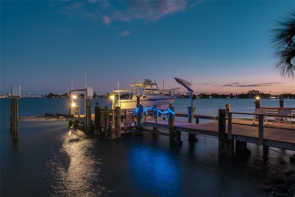 746 BOCA CIEGA ISLE DRIVE Property Photo - ST PETE BEACH, FL real estate listing