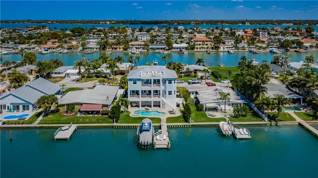 11260 6TH STREET E Property Photo - TREASURE ISLAND, FL real estate listing
