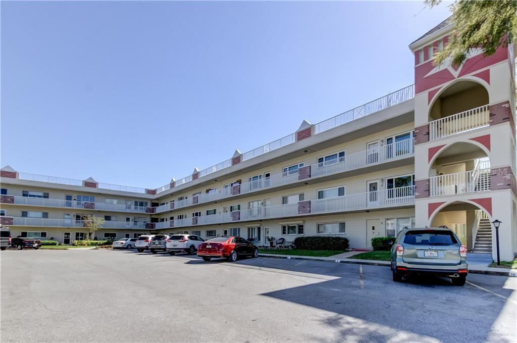 2263 Americus Boulevard E #15 Property Photo