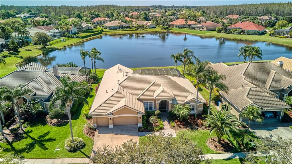 4614 AVENUE LONGCHAMPS Property Photo - LUTZ, FL real estate listing