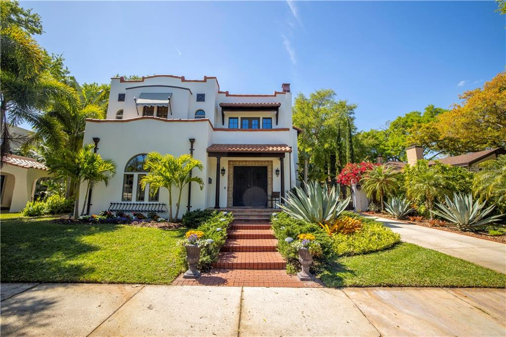 2420 ANDALUSIA WAY NE Property Photo - ST PETERSBURG, FL real estate listing