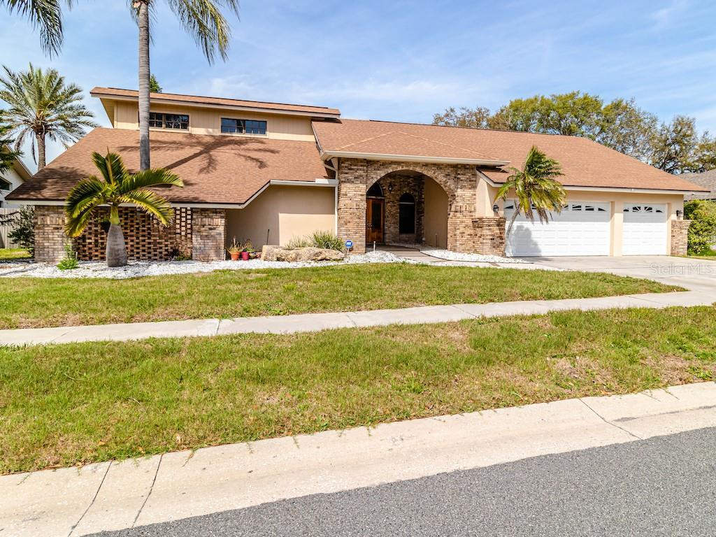 14513 MARK DRIVE Property Photo - LARGO, FL real estate listing