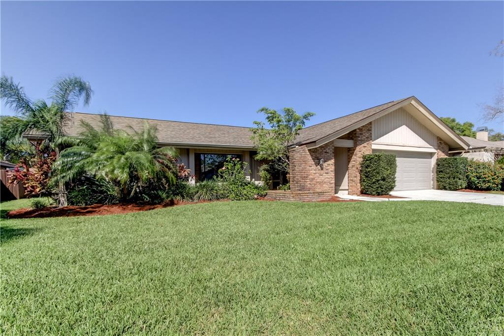 1632 RIDGE TOP WAY Property Photo - CLEARWATER, FL real estate listing