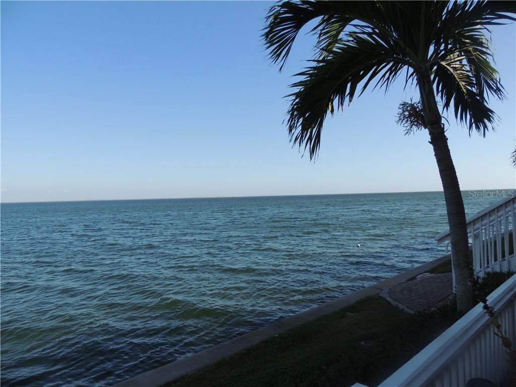 4810 COQUINA KEY DRIVE SE #A Property Photo - ST PETERSBURG, FL real estate listing