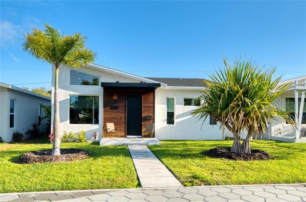 5037 DARTMOUTH AVENUE N Property Photo - ST PETERSBURG, FL real estate listing
