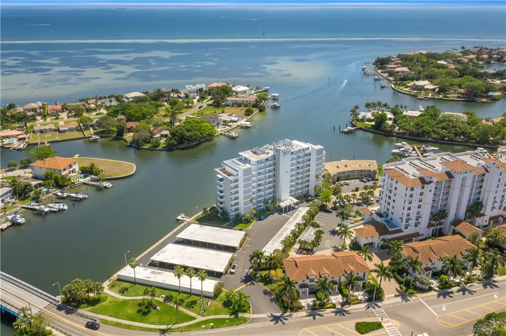 1365 SNELL ISLE BOULEVARD NE #9A & 9F Property Photo - ST PETERSBURG, FL real estate listing