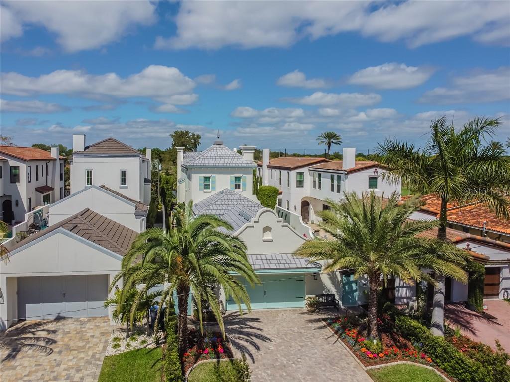 148 RICARDO WAY NE Property Photo - ST PETERSBURG, FL real estate listing