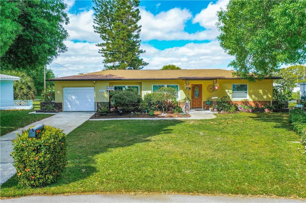 4745 LAKE CHARLES WAY N Property Photo - KENNETH CITY, FL real estate listing
