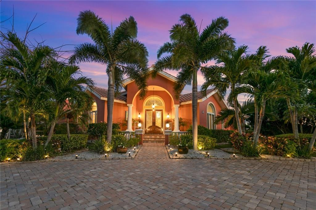 1405 GULF BOULEVARD Property Photo - BELLEAIR BEACH, FL real estate listing