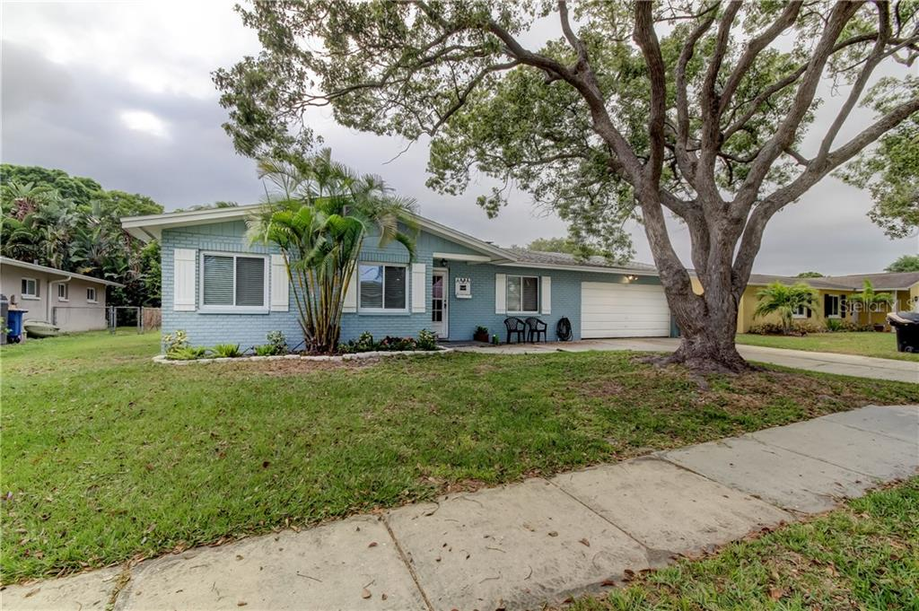 1852 ALBRIGHT DRIVE Property Photo - CLEARWATER, FL real estate listing