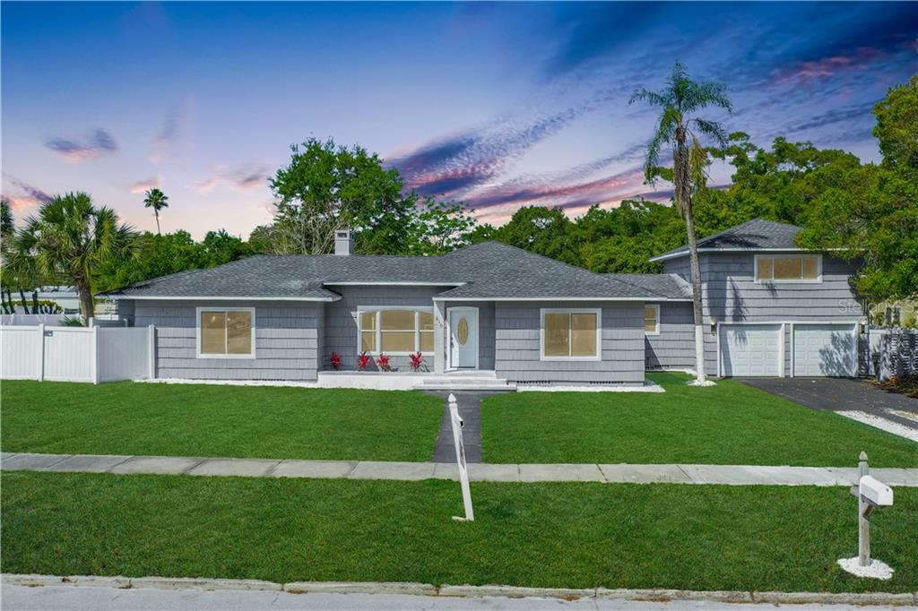 210 LINCOLN AVENUE N Property Photo - CLEARWATER, FL real estate listing