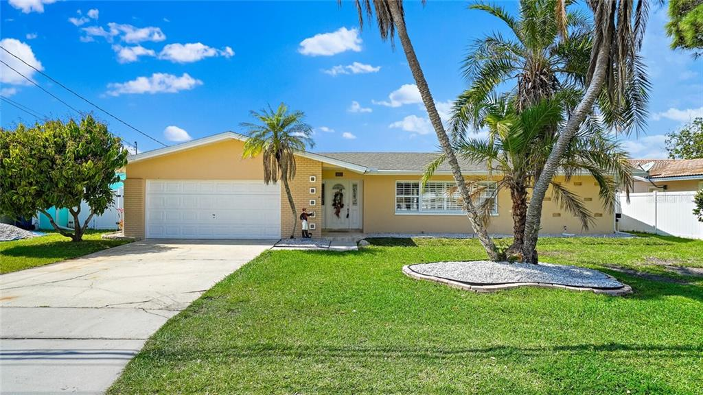 1872 INDIAN ROCKS ROAD S Property Photo - LARGO, FL real estate listing