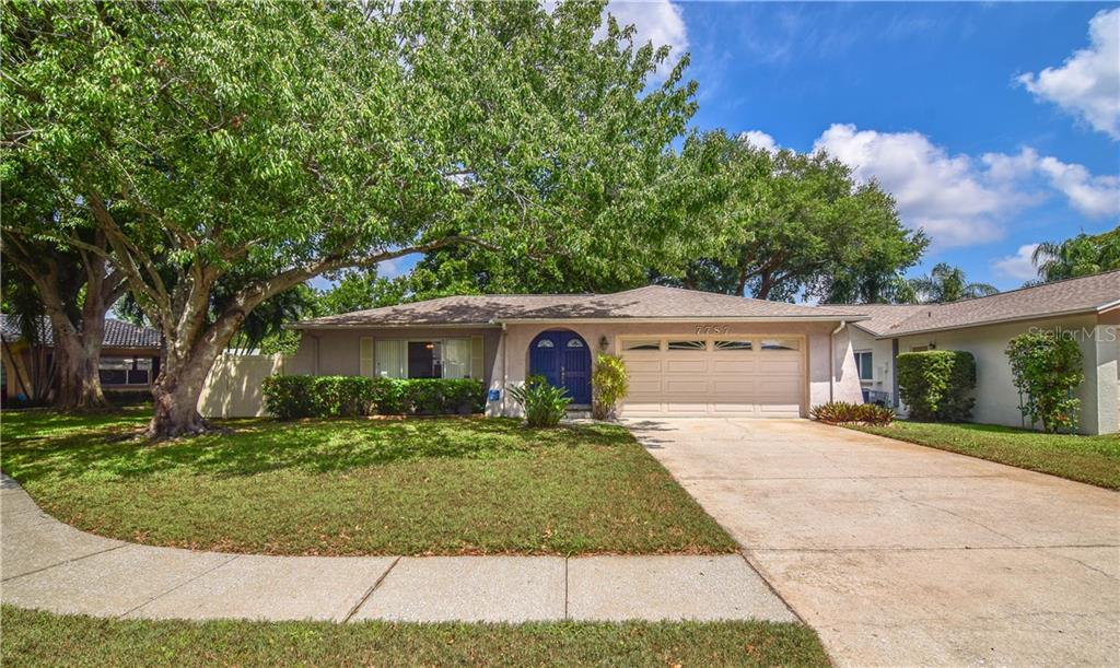 7787 ASHFORD COURT N Property Photo - ST PETERSBURG, FL real estate listing