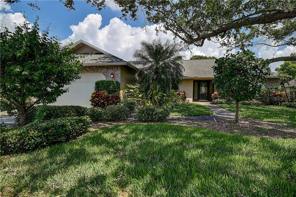 10825 CHRISTOPHER COURT Property Photo - LARGO, FL real estate listing