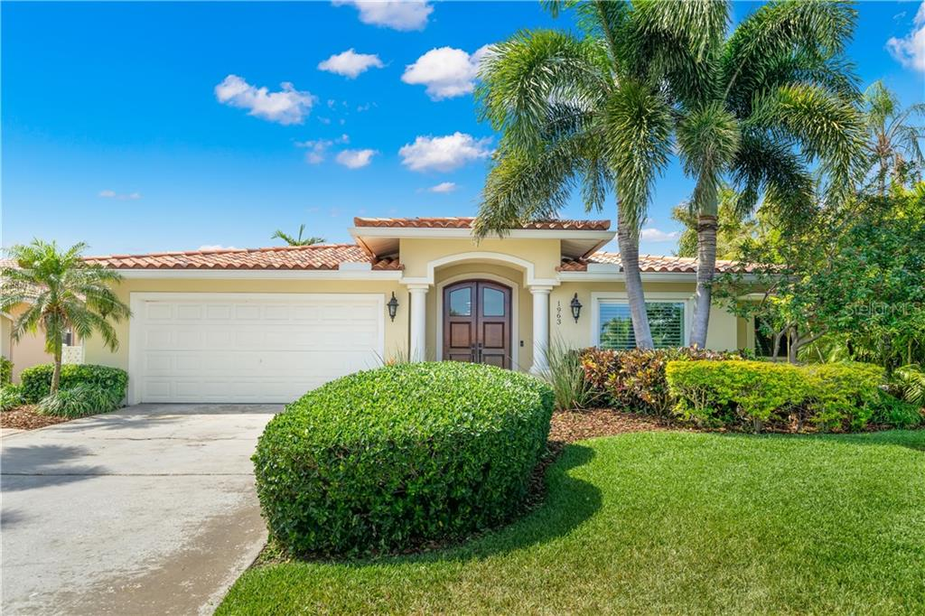 1963 MICHIGAN AVENUE NE Property Photo - ST PETERSBURG, FL real estate listing