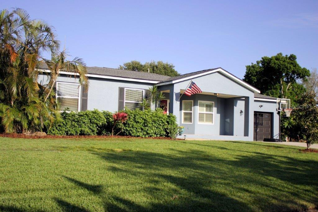 415 BAMBOO LANE Property Photo - LARGO, FL real estate listing