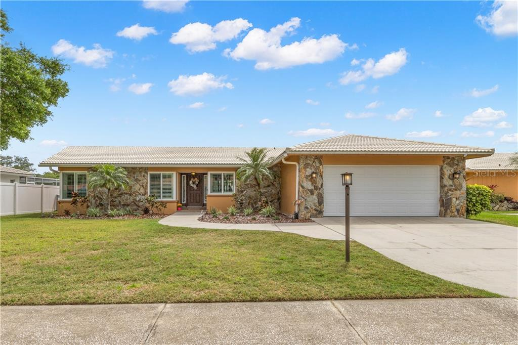 2191 WATERSIDE DRIVE Property Photo - CLEARWATER, FL real estate listing
