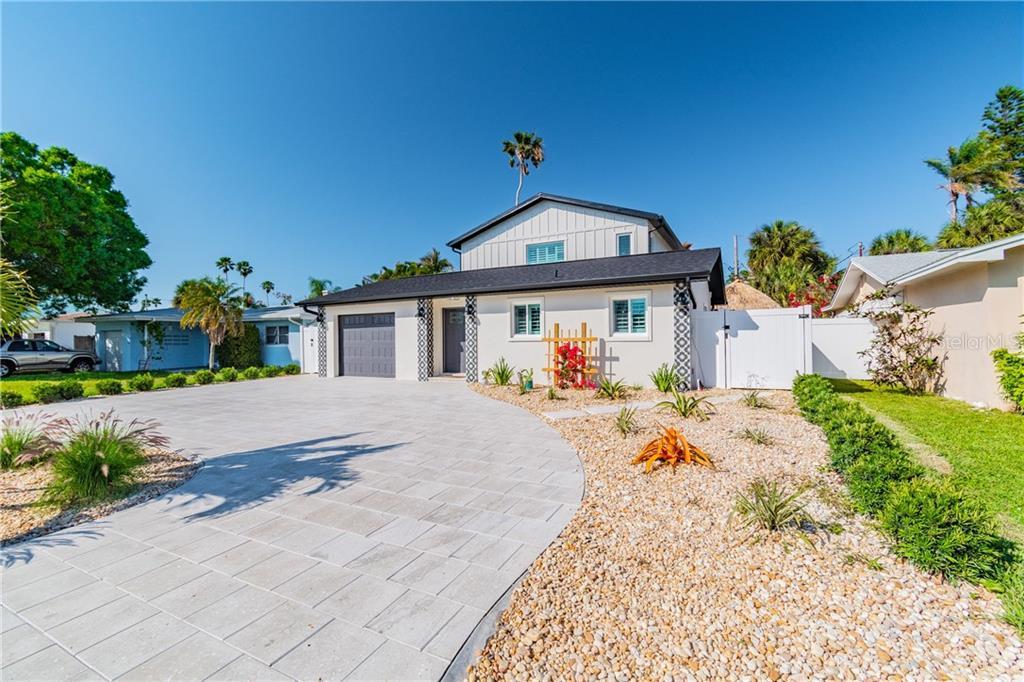 16211 2ND STREET E Property Photo - REDINGTON BEACH, FL real estate listing
