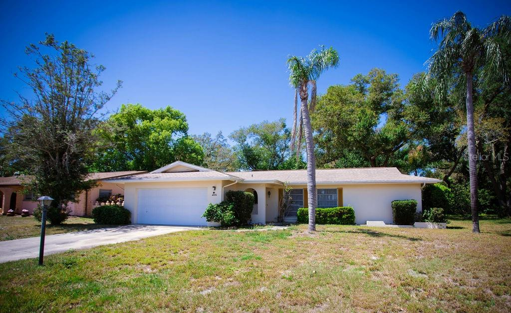 1208 WEBB DRIVE Property Photo - CLEARWATER, FL real estate listing