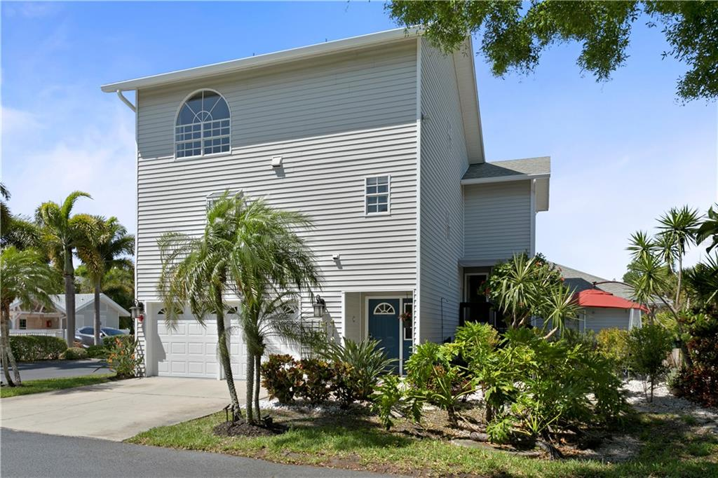 11722 CURRIE LANE #J1 Property Photo - LARGO, FL real estate listing