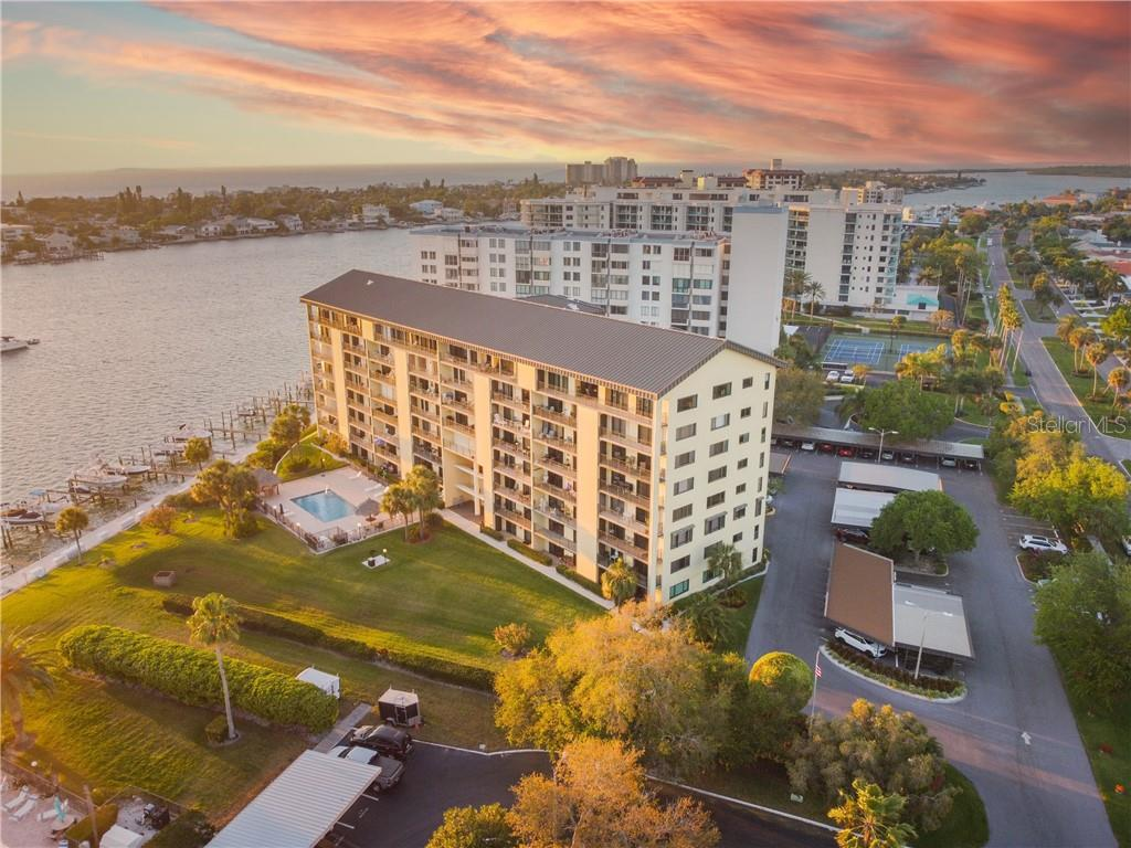 650 ISLAND WAY #308 Property Photo - CLEARWATER, FL real estate listing