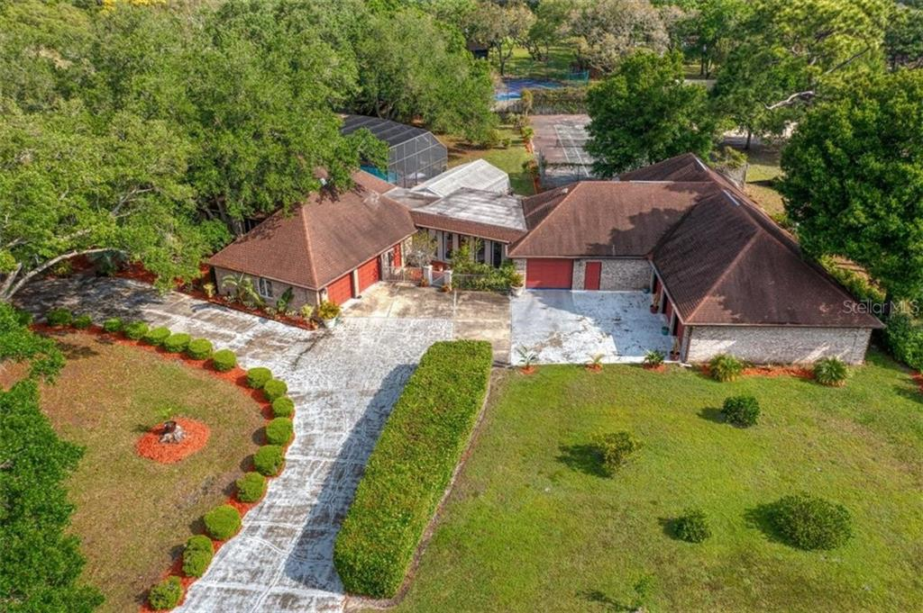 2410 KENT PLACE Property Photo - CLEARWATER, FL real estate listing