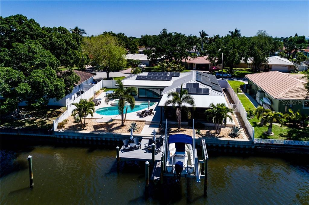 6330 18TH STREET NE Property Photo - ST PETERSBURG, FL real estate listing