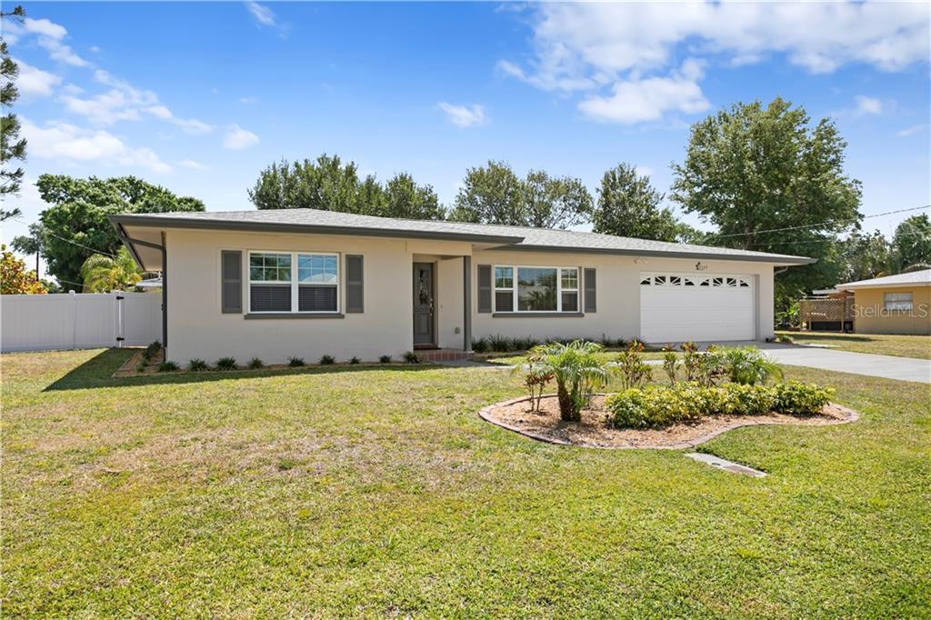 2249 Edythe Drive Property Photo