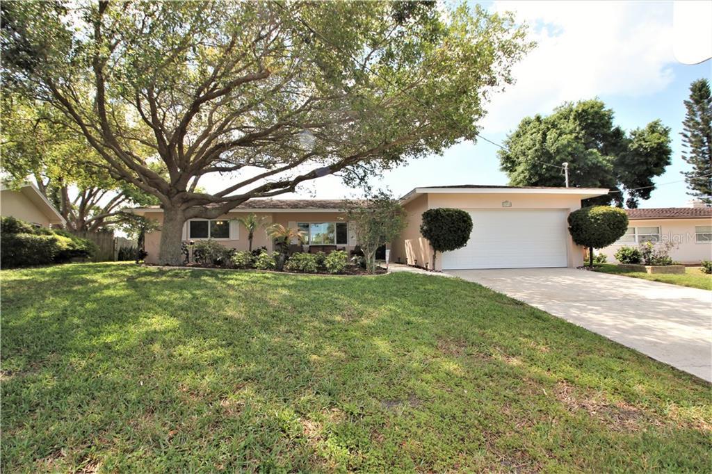 3990 Harbor Hills Drive Property Photo